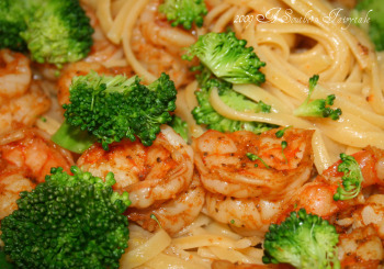 lemon butter pasta with shrimp and broccoli
