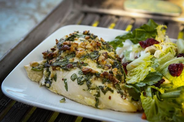 Spinach, Almond, and Parmesan Baked Chicken Recipe