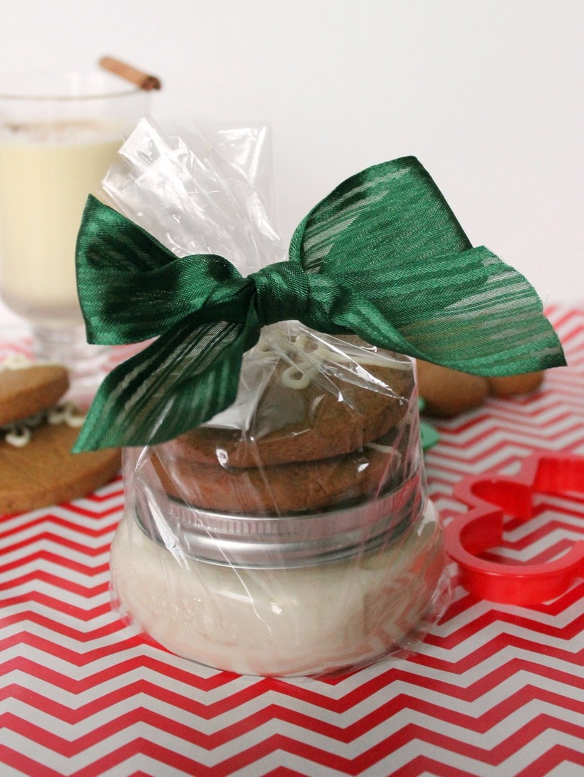 easy eggnog dip with cookies