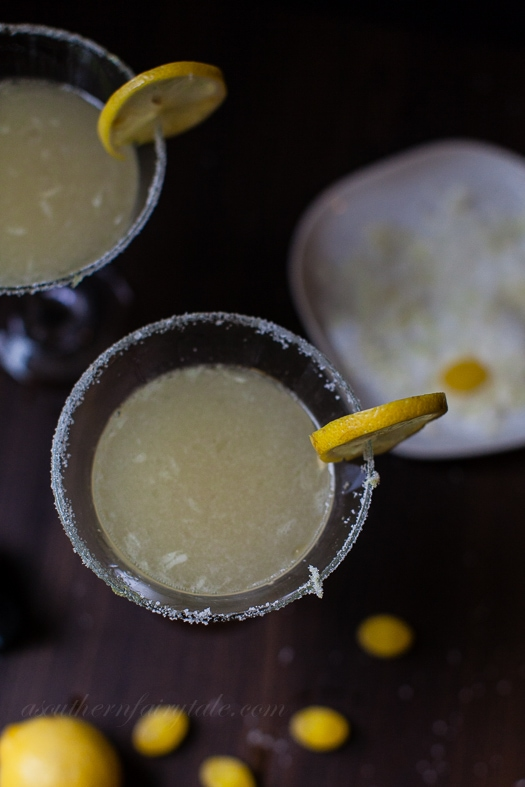 The Best  and only Lemon Drop Martini Recipe You'll Ever Need --- This lemon drop martini is tart, sweet, bright, zingy, tangy, and absolute perfection| asouthernfairytale.com #cocktails #martini #lemondropmartin
