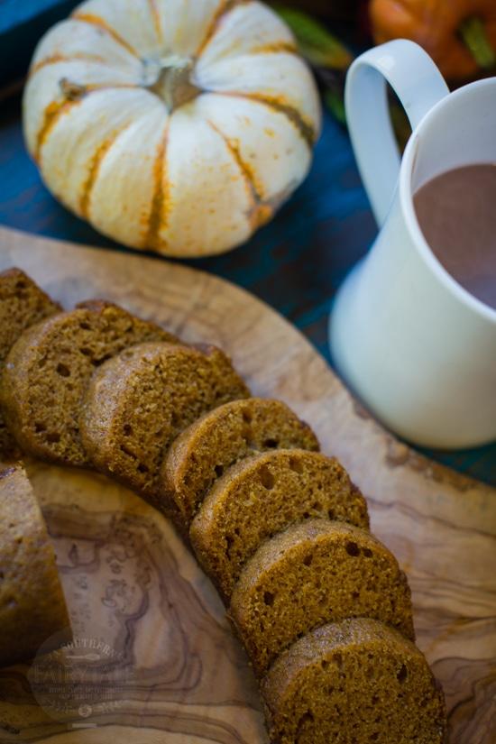 mini pumpkin gingerbread, the yummiest holiday gift