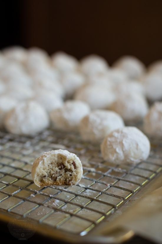 Texas Pecan Sandies Cookie bite