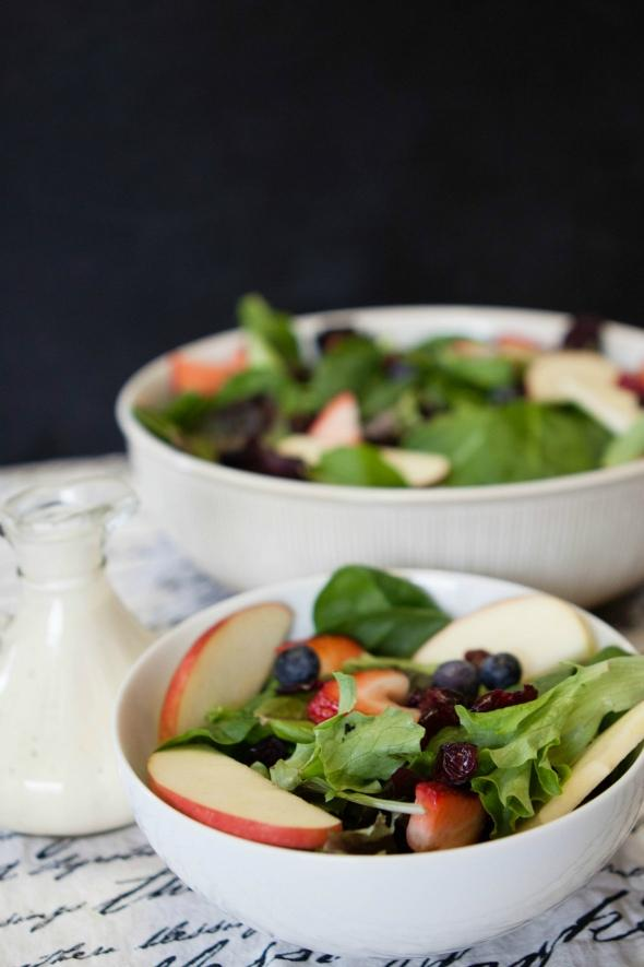 Leafy-Green-Salad-With-Dijon-Wine-Vinaigrette