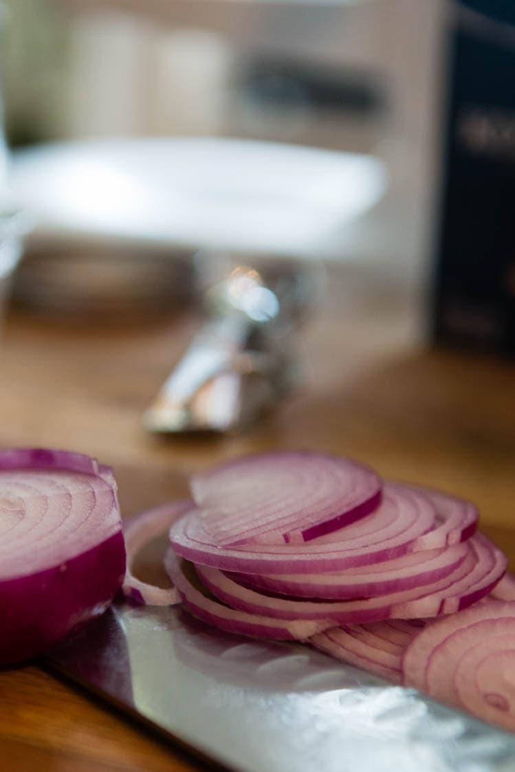 sliced red onions for pickling