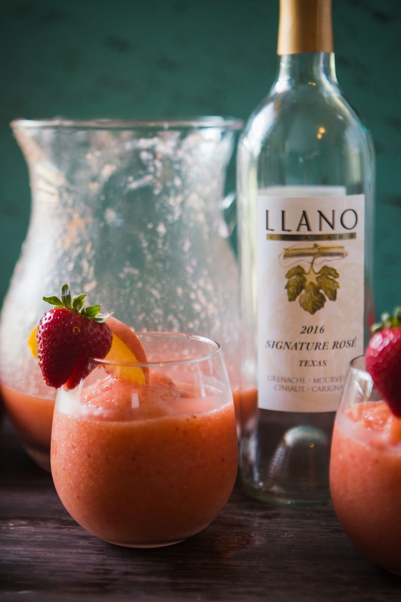 frozen rosè wine slushies